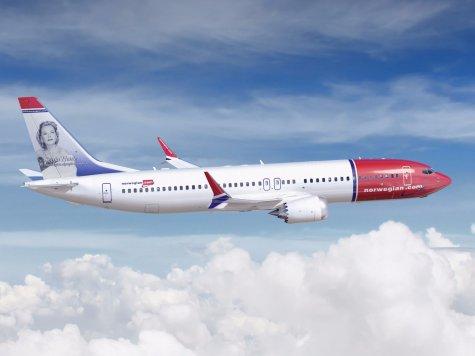 737MAX8 Norwegian